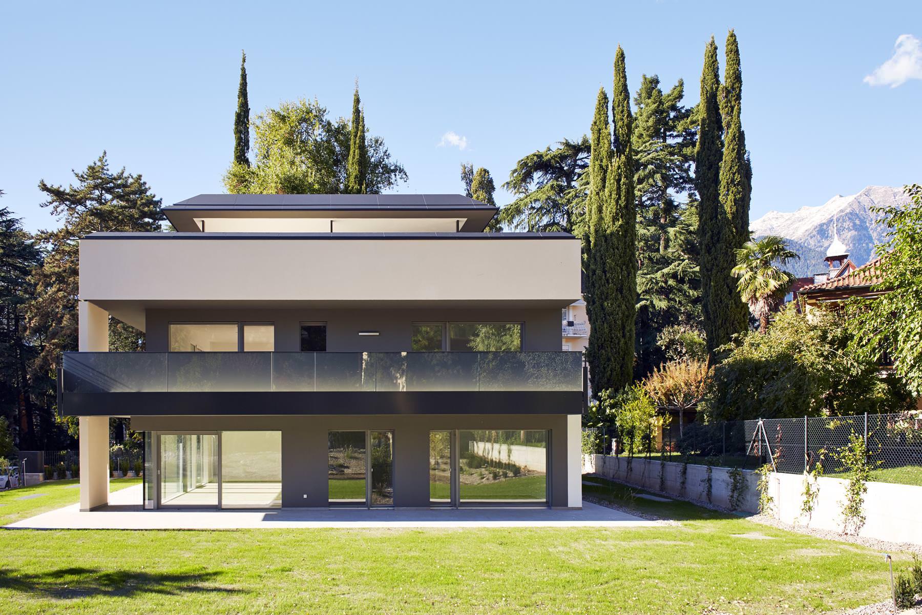 Villa Z. – Meran Villa Z. - Meran - Haus Z 4 - Villa Z. – Meran Projekte - Haus Z 4 - Projekte