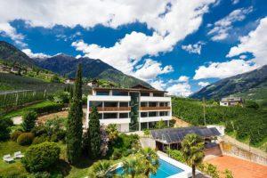 Hotel-K-6-300x200 Hotel Krone - Dorf Tirol - Hotel K 6 300x200 - Hotel Krone – Dorf Tirol Hotel Krone - Dorf Tirol - Hotel K 6 300x200 - Hotel Krone – Dorf Tirol