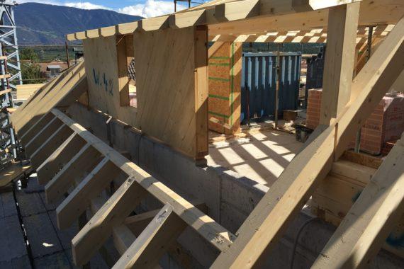 - Eppan Dachstuhl Holz Holzbau 5 570x380 - Wohnanlage – Eppan  - Eppan Dachstuhl Holz Holzbau 5 570x380 - Wohnanlage – Eppan